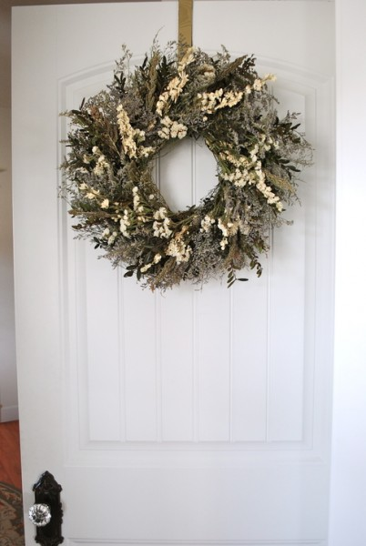 Superbe Caspia Boxwood Wreath